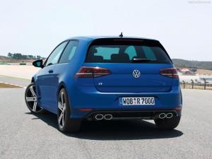 Volkswagen-Golf_R_2014_
