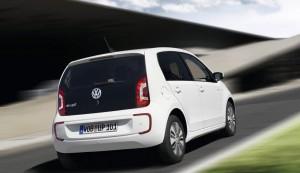 Volkswagen-e-Up_2014_1024x768_wallpaper_09
