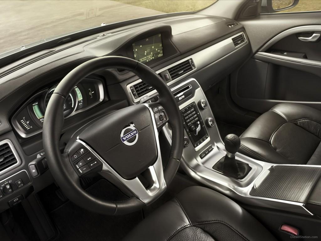 Volvo-V70-2014-05