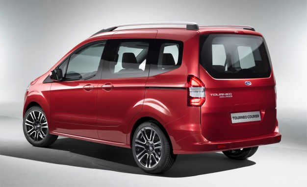 Ford-Tourneo-Courier-02-626x382