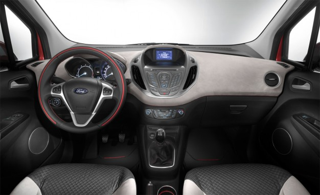 Ford-Tourneo-Courier-04-626x382