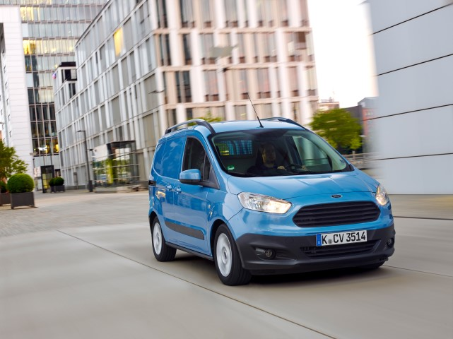 Essai Ford TRANSIT COURIER