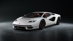 Pirelli et la Lamborghini Countach