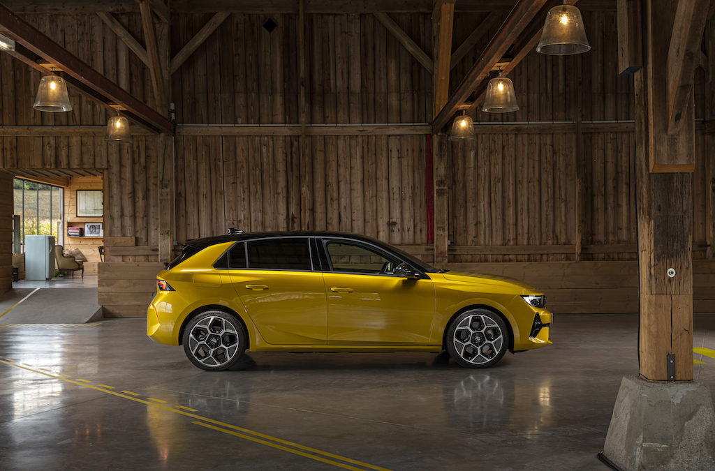 NOUVELLE OPEL ASTRA  SIXIEME GENERATION.